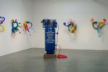 Mel Ziegler, Hold Your Breath, air compressor & balloons, 2004.