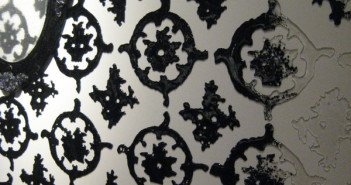 Beth Lipman, Wallpaper (detail), kiln-formed glass, 2008.