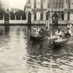 Gardners and Zorns in gondolas, Venice, 13 Oct. 1894, Isabella Stewart Gardner Museum, Boston