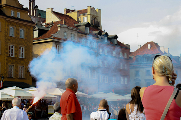 Plac Zamkowy (Castle Square): Aug 1, 5 PM