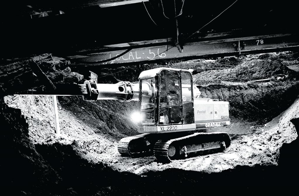Work on the Big Dig in 1998. Via The Boston Globe.