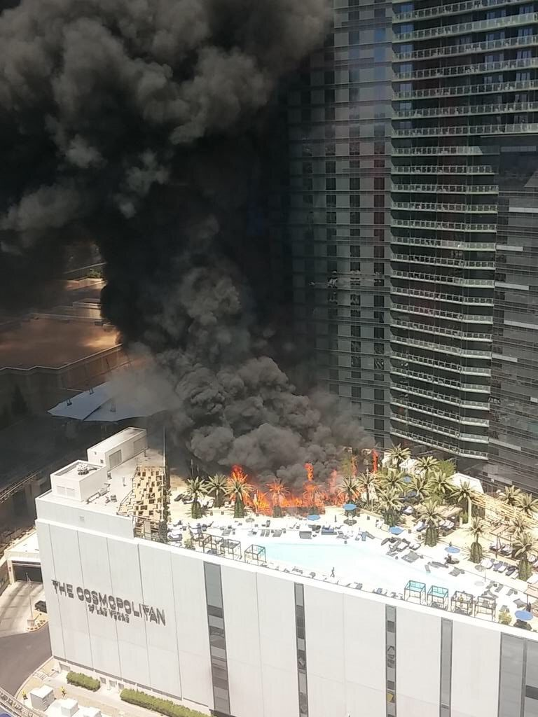 Cosmopolitan of Las Vegas pool fire. July 25, 2015. Photo @ccyr17 Twitter.